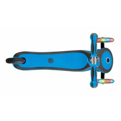 Трехколесный самокат со светящимися колёсами Globber Primo Plus Lights голубой - 3