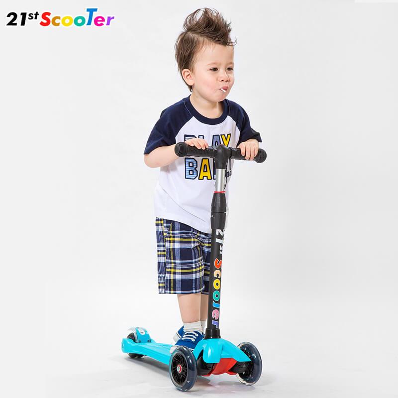 Детский трёхколёсный самокат-беговел 4 в 1 с сиденьем, родительской ручкой и светящимися колёсами 21st Scooter RO203M-4 - 4
