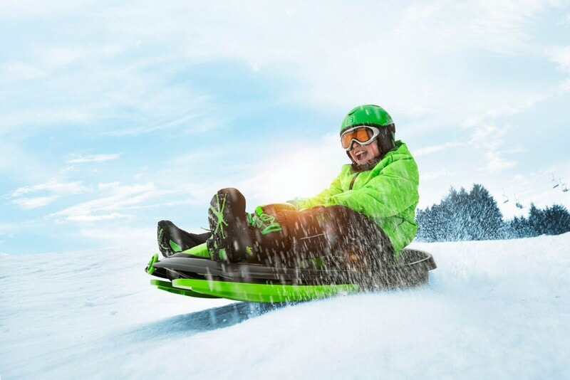 detskie-plastikovye-sanki-snegokat-c-rulem-i-tormozom-gismo-riders-stratos-chjorno-zeljonyj-16.jpg