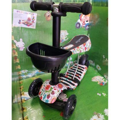 Детский трёхколёсный самокат 3 в 1 с сиденьем и светящимися колёсами 21st Scooter 3 in 1 Print Ягоды
