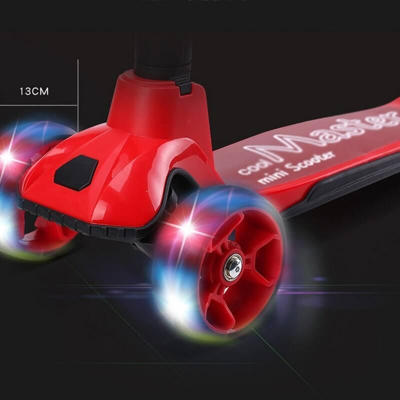 Трёхколёсный самокат со складной ручкой и светящимися колёсами 21st Scooter Cool Master Красный - 2