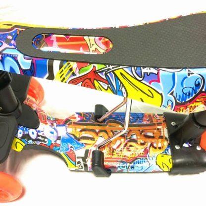 Самокат 5 в 1 с сиденьем, родительской ручкой, подставкой для ног и светящимися колёсами 21st Scooter 5 in 1 Print Граффити Оранжевый - 2