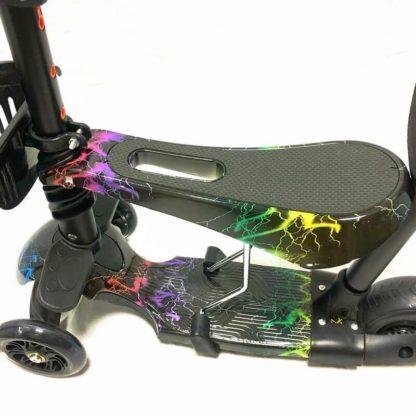 Самокат 5 в 1 с сиденьем, родительской ручкой, подставкой для ног и светящимися колёсами 21st Scooter 5 in 1 Print Молнии - 2