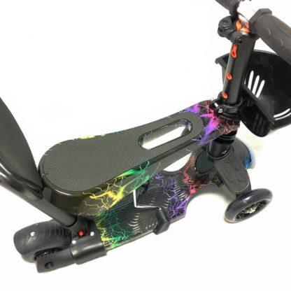 Самокат 5 в 1 с сиденьем, родительской ручкой, подставкой для ног и светящимися колёсами 21st Scooter 5 in 1 Print Молнии - 3