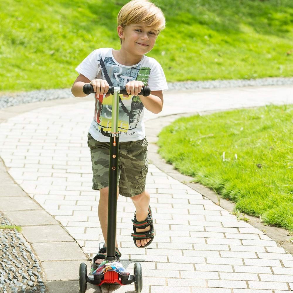 Трёхколёсный самокат со светящимися колёсами 21st Scooter Maxi Print - для детей от 3 до 8 лет