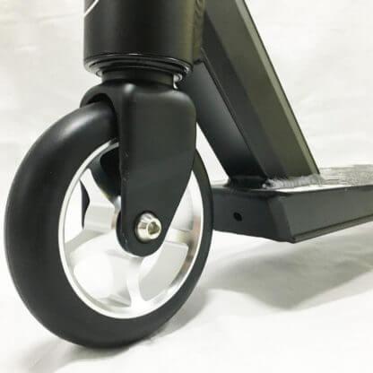 Трюковый самокат RW Sport Stunt 110 Чёрный - переднее колесо