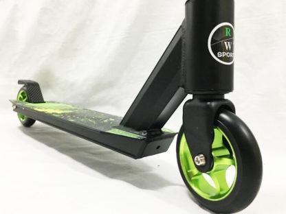 Трюковый самокат RW Sport Stunt 110 Зелёный - переднее колесо